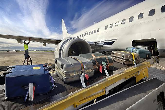 Kiat Terhindar Dari Pencurian Koper di Bandara